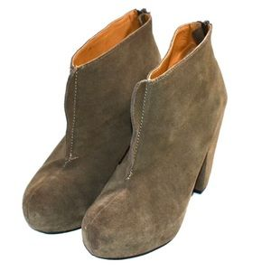 Kelsi dagger zip up heeled ankle booties